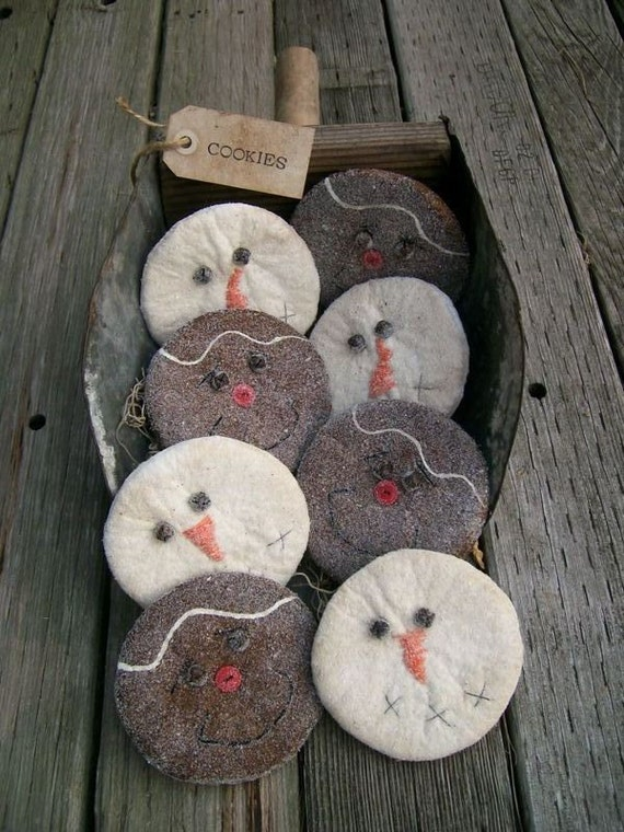 8 Snowman and Gingerbread Man Christmas Cookies, Bowl Fillers, Tucks, Ornies, Cupboard Dolls