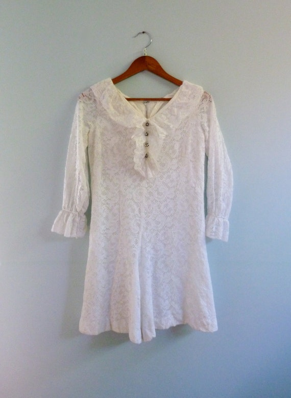 1960s White Lace Romper Vintage Mod 60s Ruffle Bib Playsuit Jumper Small