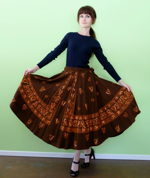 Vintage 1950s Full Circle Skirt Brown Orange Floral Printed Sequin Ethnic Mexican Southwestern Full Skirt Size Large