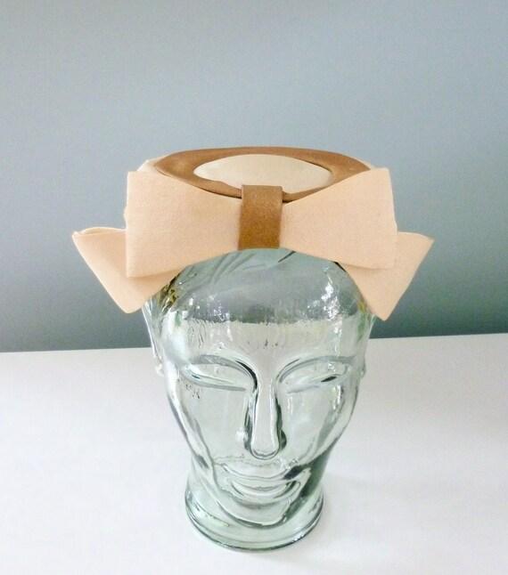 50s Pillbox Hat Cream Caramel Brown Vintage 60s Fascinator Big Bow Headband