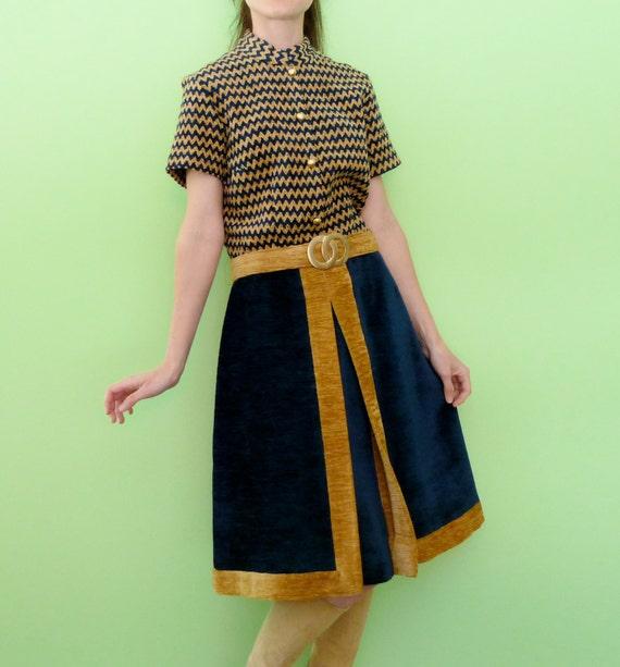 Retro 70s Dress Chevron Stripe Navy Blue Tan Colorblock Funky Short Sleeve Belted Corduroy Midi Dress