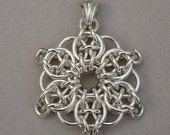 Chain maille star flower snowflake pendant sterling silver