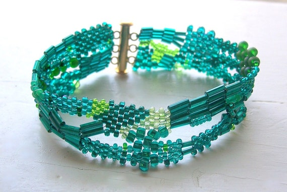 Free Form Peyote Bracelet in Emerald and Gold HALF OFF SALE