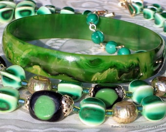 Haute Couture Bakelite Vintage Bangle Marbled EOD End of Day Demi Parure Stunning Statement Art Glass Multi Strand Bib Necklace Mid Century