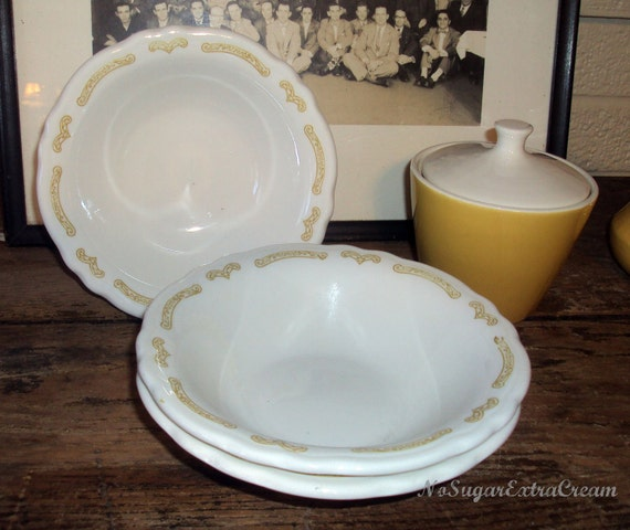 Vintage Homer Laughlin Restaurant Bowls Set of 3 Vintage Homer Laughlin Restaurant Ware Scalloped Bowls