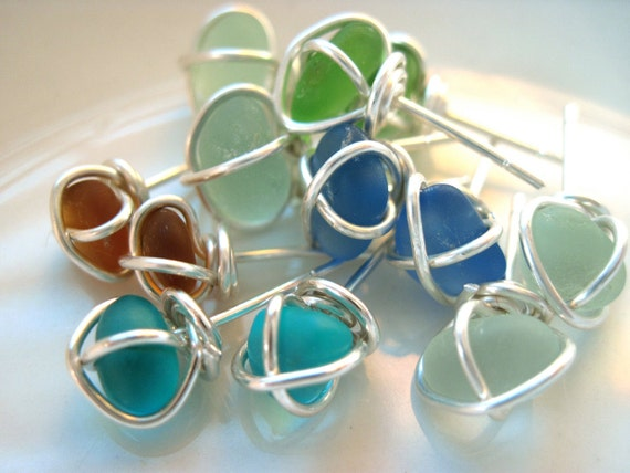 Sea Glass Jewelry - Tie the knot - Small Sea Glass Stud Earrings