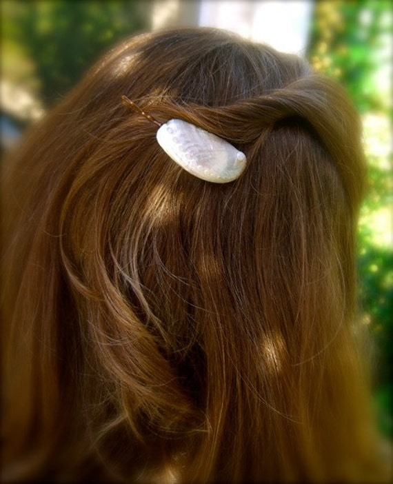 White Iridescent Seashell Bobby Pins Set of 2 Beach Weddings, Seashells, Mermaid Hair, Summer Fun, Abalone Hair Pins,California Dreaming