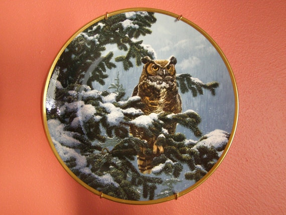 "Vintage Owl Plate The Hamilton Collection ""Winter Vigil"""