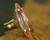 Vintage 14K gold ring with large pink marquis gemstone