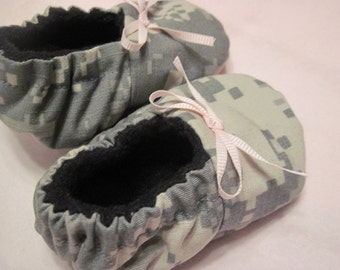 50% OFF CLEARANCE!ACU Camo Baby Booties with Bow