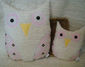 Two Owls - Matching Set, Cream Chenille, Pink and Dark Brown