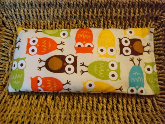 Hot-Cold Therapy Bag for Kids Boo Boos and an Eye Pillow - Urban Zoologie Bermuda Owls