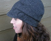 Charcoal Gray with Circles Wool Lid
