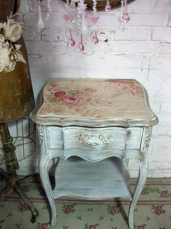 Vintage french provincial blue night stand - Muebles shabby chic ...