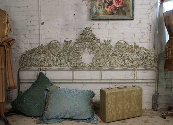 Vintage Painted Cottage Chic Shabby Iron King Headboard Bd155