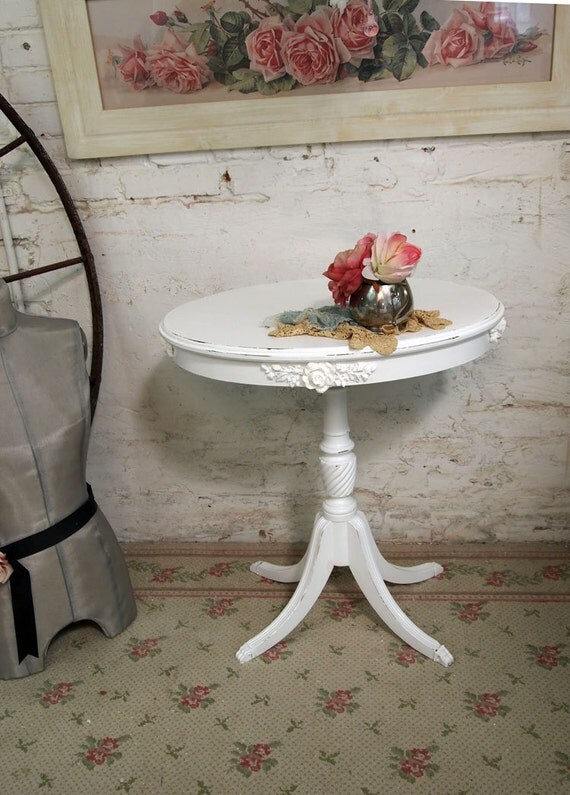 Painted Cottage Chic Shabby White French Vintage Side Table ENT224
