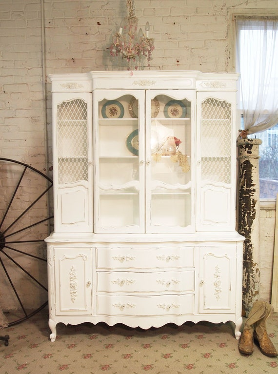 painted cottage chic shabby white one of a kind romantic china. Black Bedroom Furniture Sets. Home Design Ideas