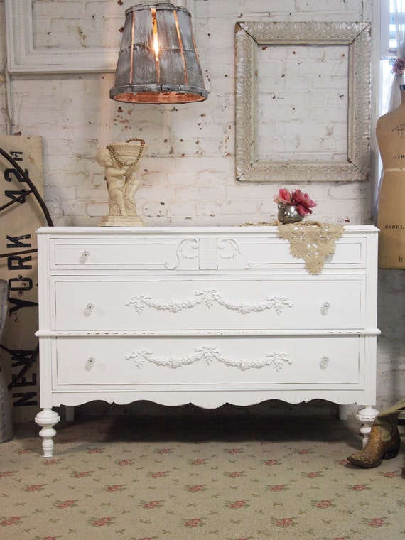 Painted Cottage Chic Shabby White French Dresser DR370