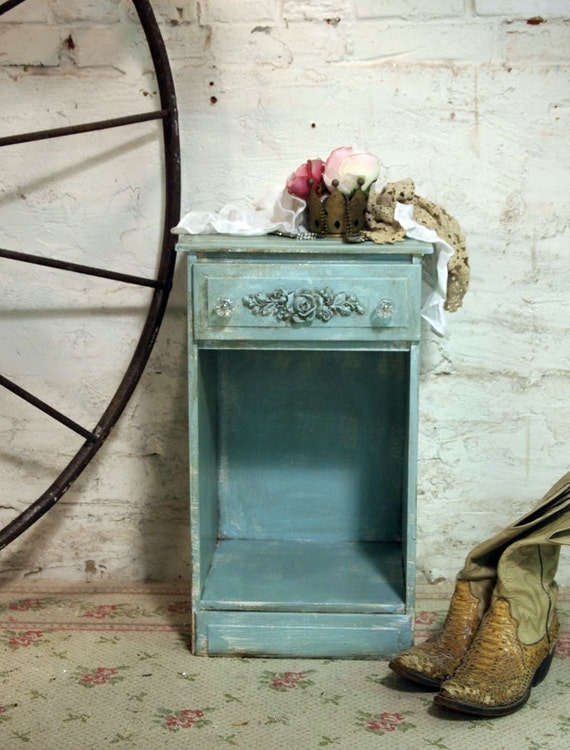 Painted Cottage Chic Shabby White Romantic Night Table NT415