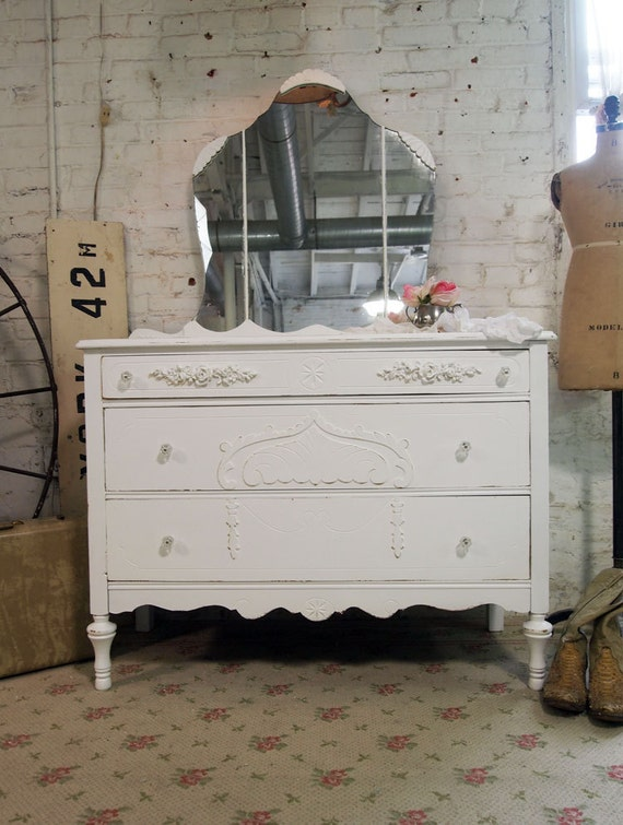 Painted Cottage Chic Shabby White Romantic Dresser and Mirror DR389