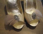 Champagne feathered bridal shoe clip with silver brooch