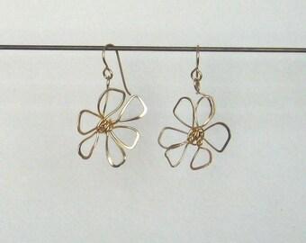Flower Earring - Gold fill