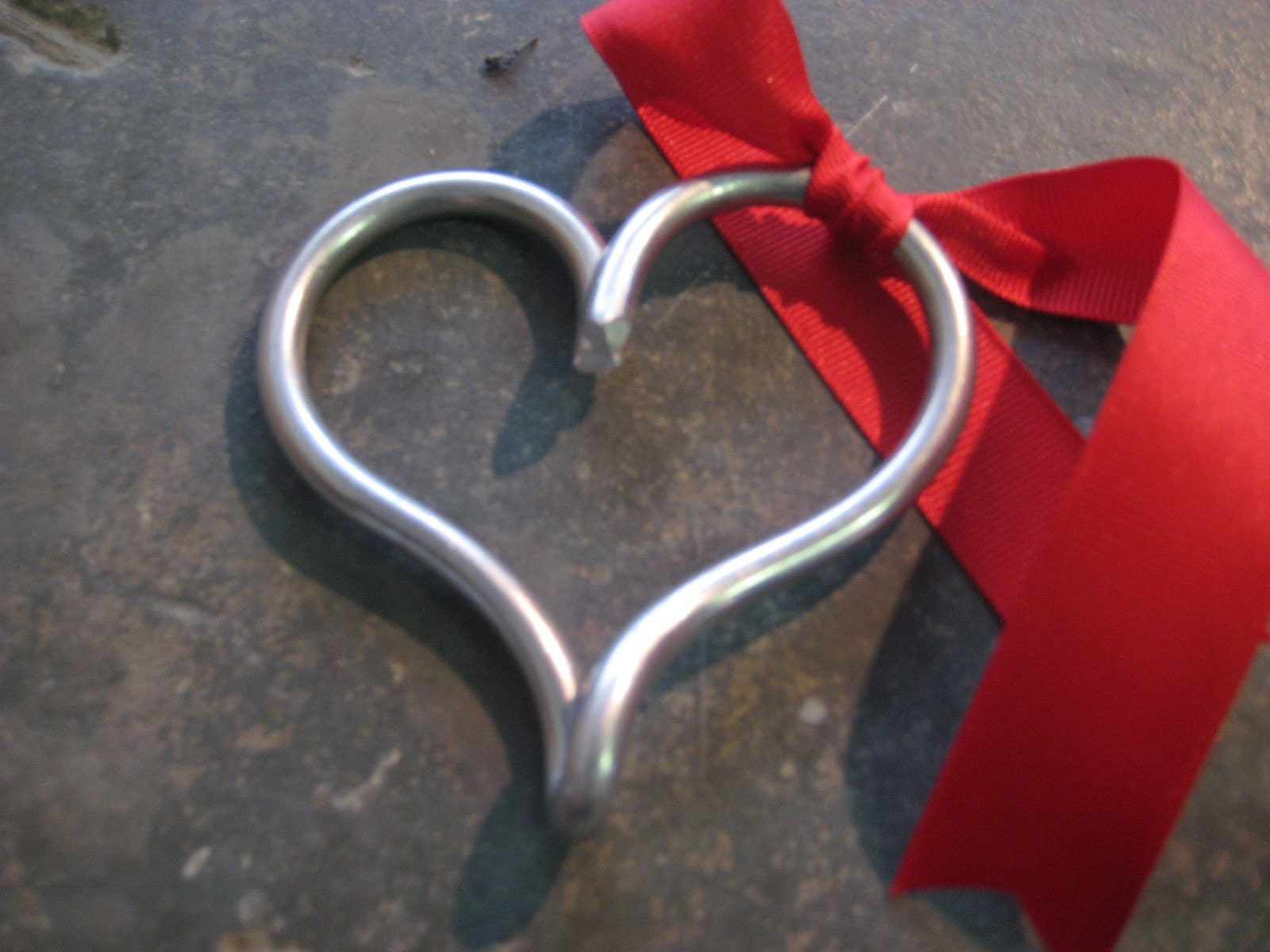 Metal heart valentine s ornament