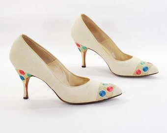 Ambassador for Embroidery .Flowerchild goes Pinup .Linen Pumps .stiletto heels by Mademoiselle -Womens size 7.5-