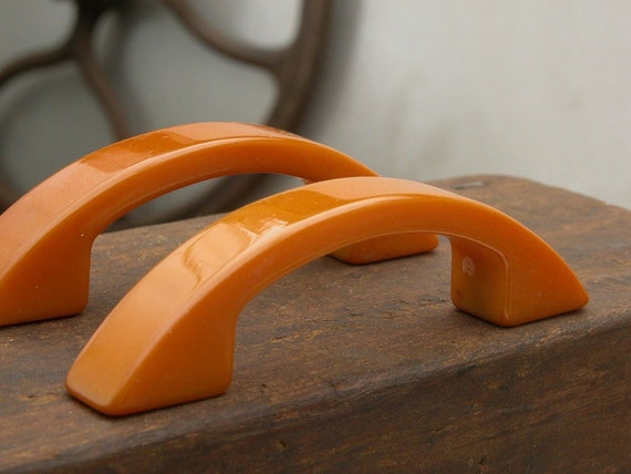 8 Vintage Butterscotch Bakelite Drawer Pulls