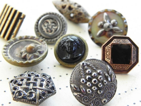 9 vintage metal buttons