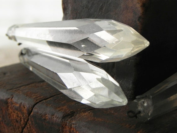 10 vintage glass spear shape prisms pendants