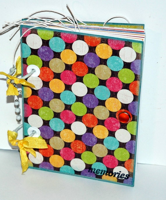 "SALE..SALE..SALE...Bright and Cheery  ""memories"" Daily/Travel Journal-Circles-68 Pages"