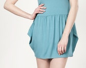 Cotton shortsleeved LeMuse dress with flanks