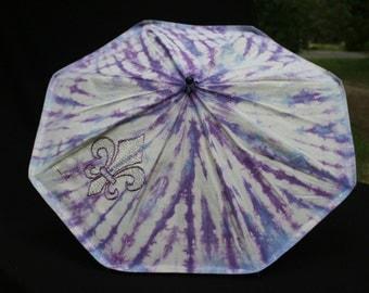 Parasol of hand sewn, hand tie-dyed hemp/silk fabric Fleur de Lis