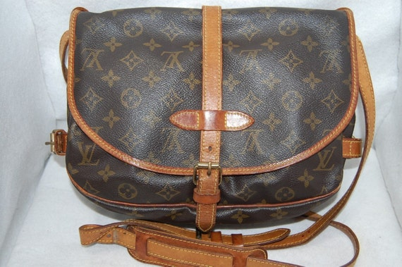 LOUIS VUITTON Messenger SAUMUR 30 Saddle Bag Shoulder Bag Monogram Print with Leather Trim Guaranteed Authentic Made in France