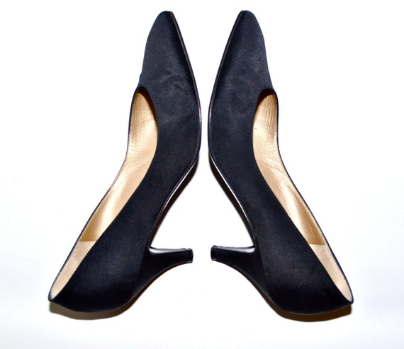 Make an Offer ST JOHN Made in Italy Vintage Black High Heel PUMPS Shoes Ladies size 7.5 High End Italian Designer Like Gucci and Ysl