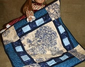 SALE: Dolly Medallion Quilt - A Quilt for Felicity