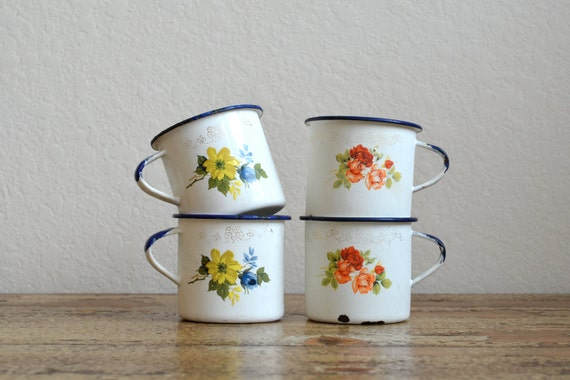 Set of four Vintage Enamel Ware Cups by Tres of Monterrey Mexico