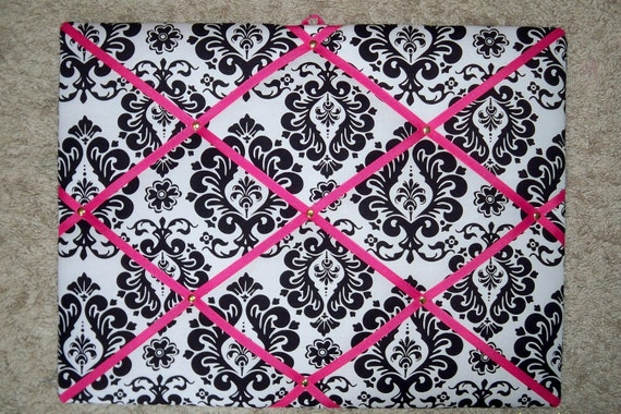 DAMASK WITH PINK french memo/photo board
