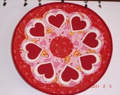 Reversible Quilted Heart Pattern Candle Mat / Table Topper