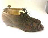Vintage brown reptile low boots, Ellen Tracy, 9