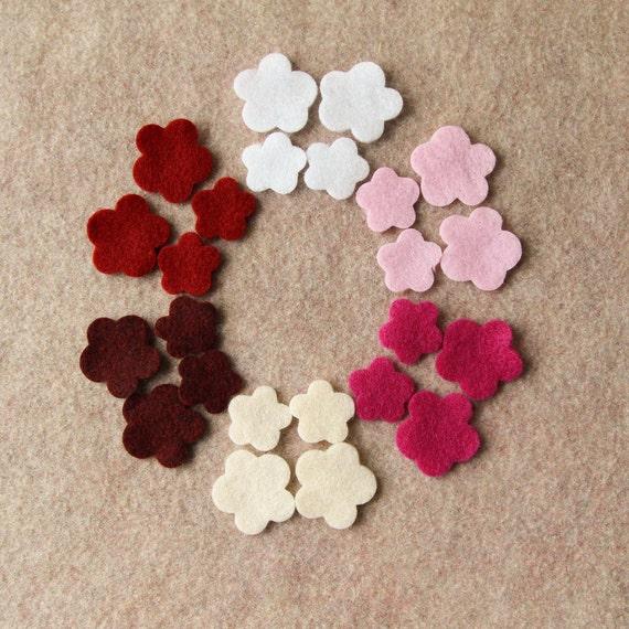 Berries and Cream - Violas - 48 Die Cut Felt Flowers