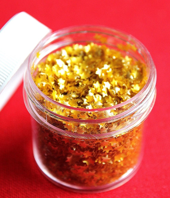 Itty Bitty Gold Star Edible Glitter by thebakersconfections