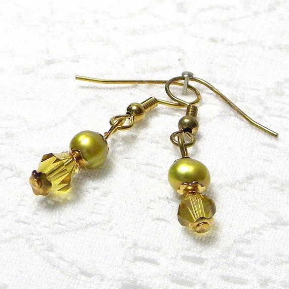Pearl Earrings, Pearl Beaded Earrings, Olive Pearl Earrings, Crystal Earrings, Beaded Pearl Earrings, Pearl Dangle Earrings