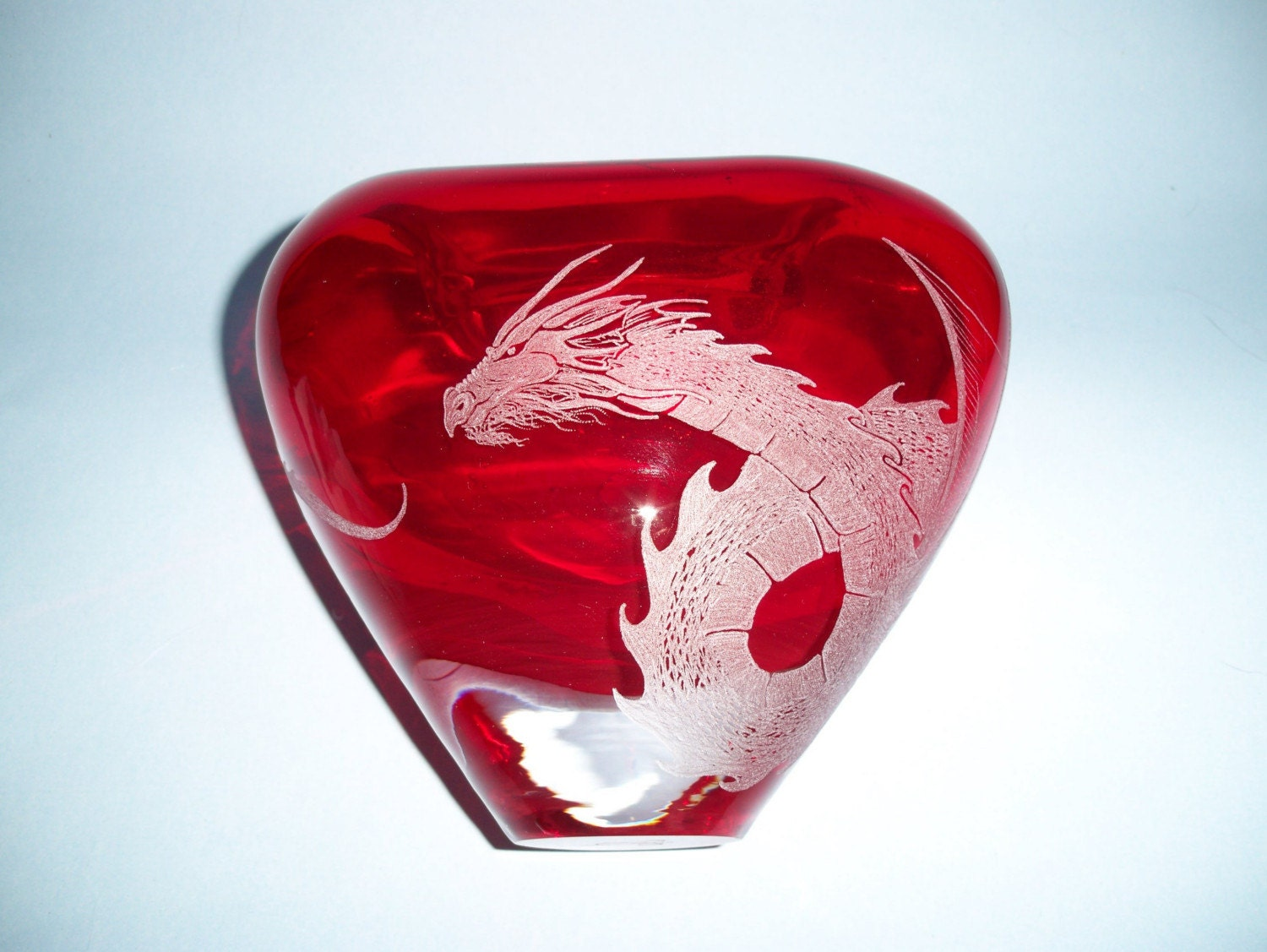 Red Glass Heart Shaped Hand Etched Dragon Vase Vessel