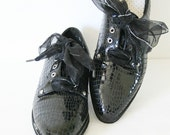 vintage 90s ALLIGATOR patent leather oxfords size 9