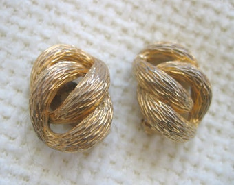 Vintage 1960's, Large Textured Gold Napier Earrings. Clip on. Hollywood glamour.