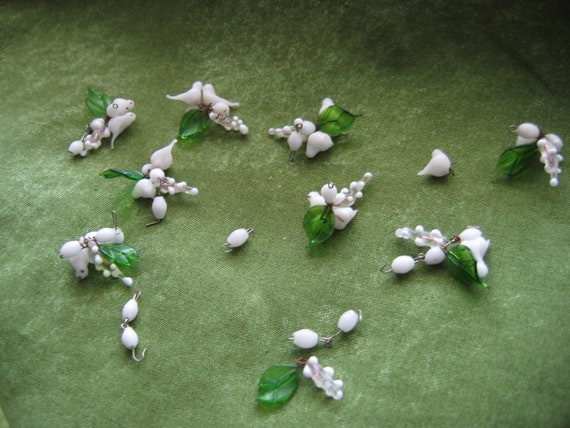 Vintage Murano glass Beads.  Bird and Leaf clusters.  Lampworks .