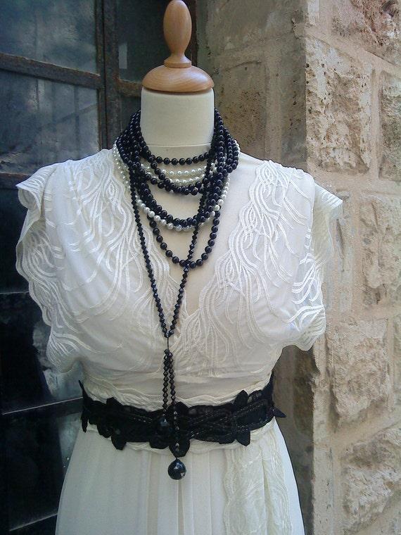 A Beautiful Dreamy Dina Vintaged Wedding Dress