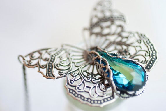 Butterfly Necklace, Butterfly Jewelry, Statement Necklace, Silver Jewelry, Butterflies handmade Swarovski Crystal Vintage Pendant